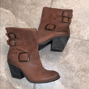 Lucky Brand Tommie Buckle Boots in Cognac